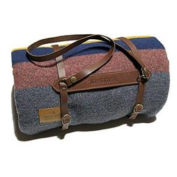 PENDLETON YAKIMA CAMP BLANKET LAKE TWIN WITH LEATHER CARRIER